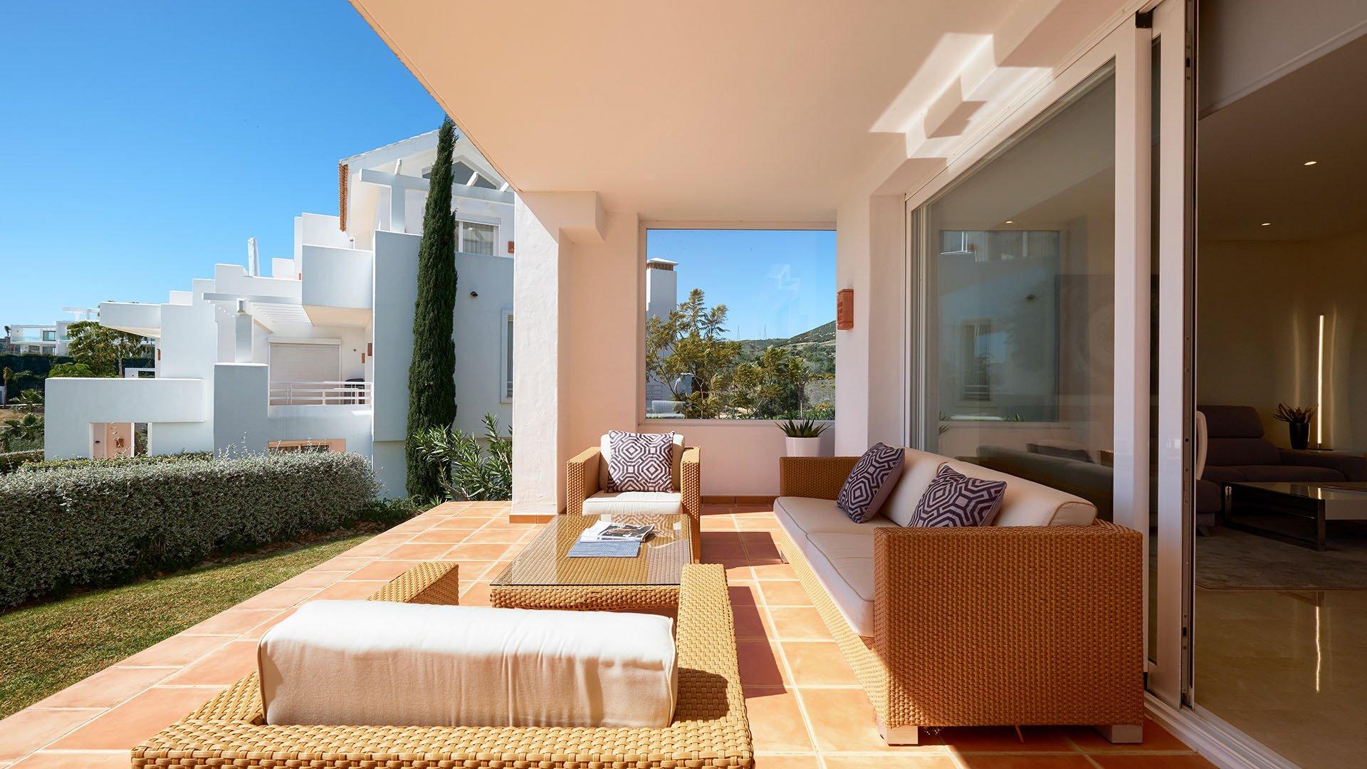 Alcazaba Lagoon: Beautiful ground floor apartment in Alcazaba Lagoon