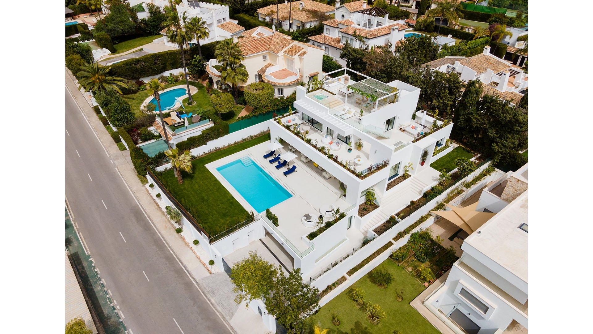 Aloha 151: Impressive villa in the heart of the golf valley in Marbella