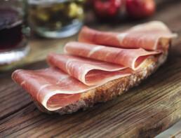 Gastronomie jamon serrano trivium2 uai