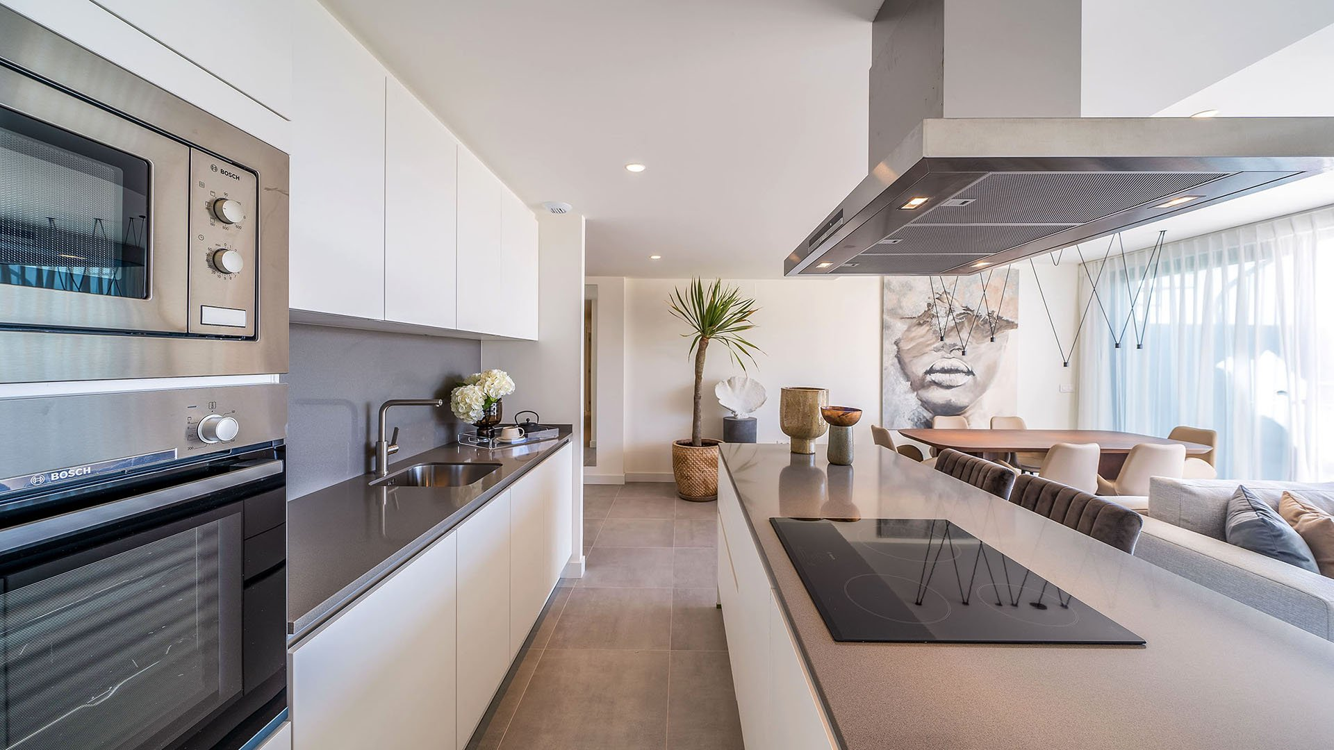 Oasis 325: Well priced penthouses in the heart of the Costa del Sol