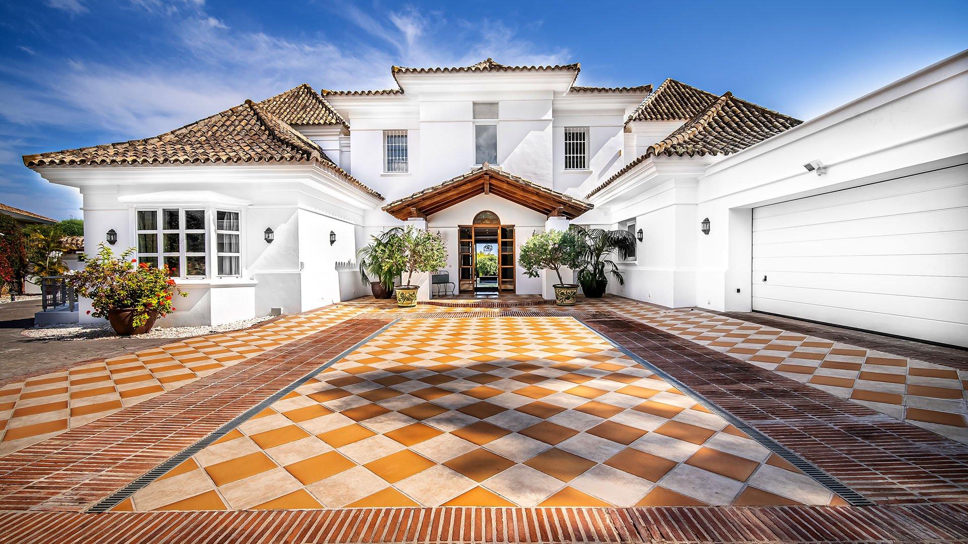 Pleyades 6: Klassieke Andalusische villa in het hart van de Golf Vallei