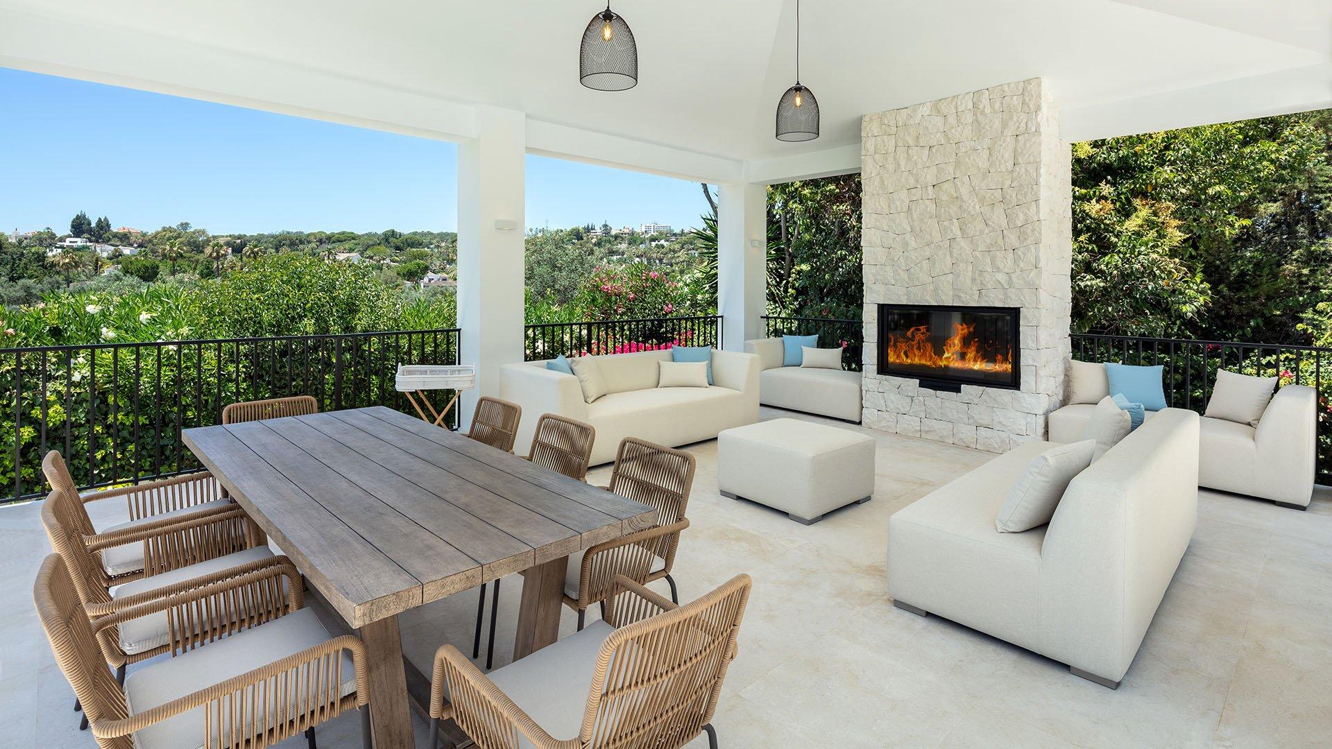 Villa Sandcastle: Elegant front line golf villa with panoramic views
