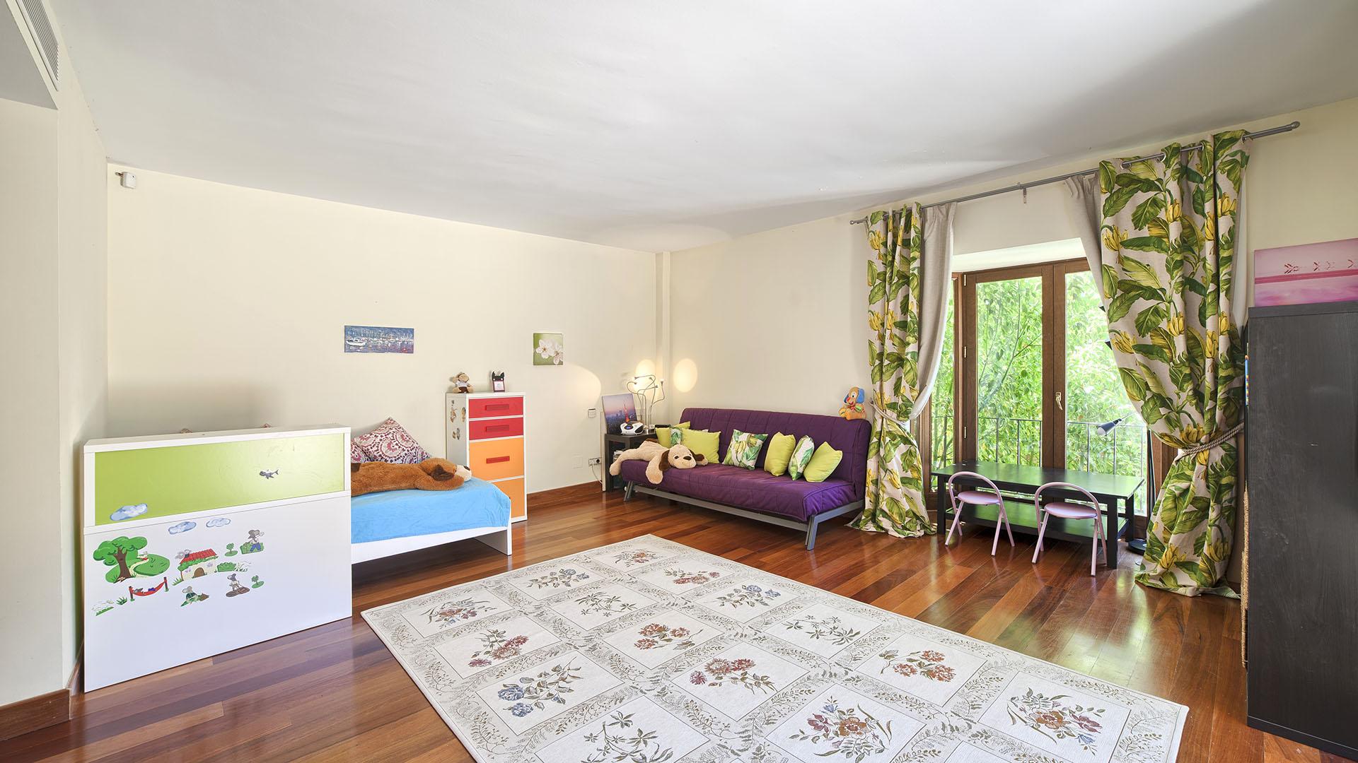 Villa Shanti: Villa in Marbella op de Golden Mile dichtbij Puente Romano